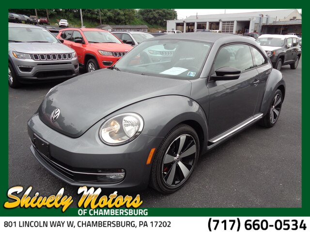 Pre-Owned 2013 Volkswagen Beetle 2.0T Turbo w/PZEV